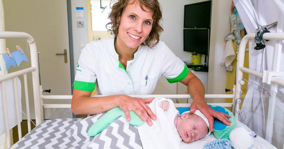 Lactatiekundige Ellemieke in het ziekenhuis